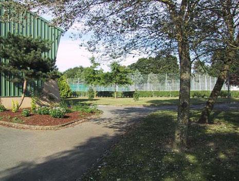 Tennis esp rance chartres de bretagne page d 39 accueil for Chartres de bretagne piscine